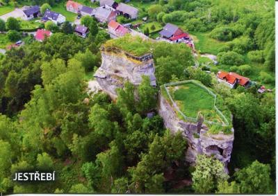 Jestřebí (Česká Lípa), hrad, letecký