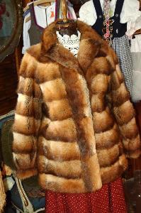 Hebký pravý kožich moc pěkný vel. 42 SLEVA!!!