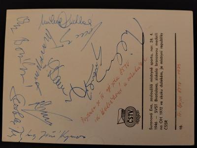 Autogramy olympijských medailistů a fotbalistů/hokejistů z MS a ME