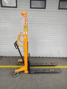 Ruční vysokozdvižný vozík do 500kg