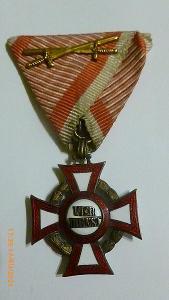 Vojenský záslužný kríž III. triedy s vojnovou dekoráciou