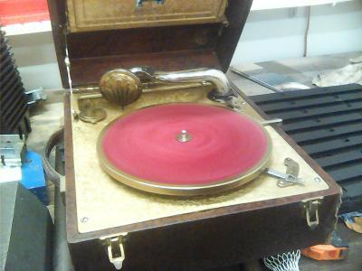 Gramofon na kliku