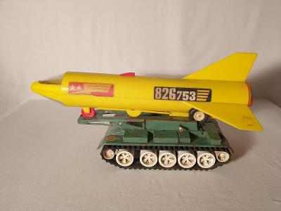 ITES - TANK a raketa