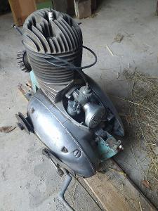 motor jawa 250 pérák