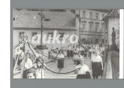 ČESKÝ KRUMLOV - ŠUMAVA - FOTO - SLAVNOST -PRŮVOD