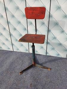 Industriální funkcionalistická dílenská otočná židle super patina