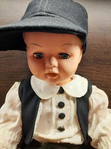 Krásná stará panenka