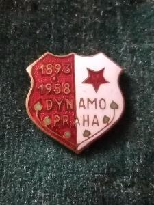 """Starý smaltovaný odznak""""FOTBAL-DYNAMO PRAHA 1893-1958""""..."""