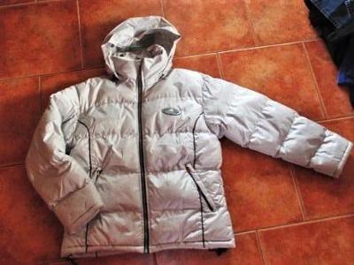 Dámská zimní bunda s kapucí s nápisem ADIDAS - ( M/L )