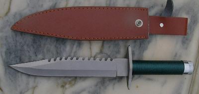Nůž pro přežití stylu RAMBO