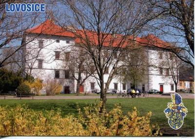 Lovosice (Litoměřice), zámek, erb