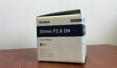SIGMA 30 mm f/2,8 DN Art SONY E + polarizační filtr MARUMI