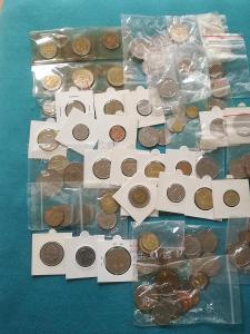 Lot mincí svět 100 ks.