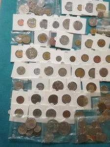 Lot mincí svět 100 ks (2)