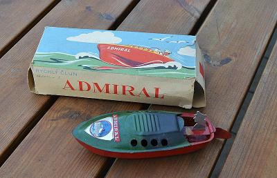 Rychlý člun ADMIRÁL s původní krabičkou  r.1946