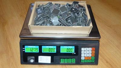 #7 - IC chipy na recyklaci zlata (1,27kg)
