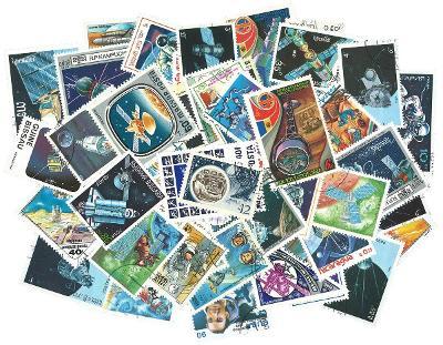 Vesmír - 250 různých razítkovaných známek K02