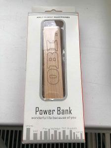 Powerbanka 3300 mAh dřevěná