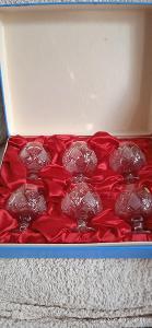 Souprava krásných broušených skleniček zn. VALASKÁ BELÁ CZECHOSLOVAKIA