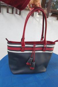 nádherná  kabelka
