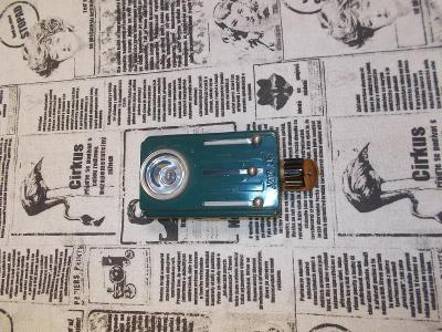 Stará baterka My Day s třemi filtry.