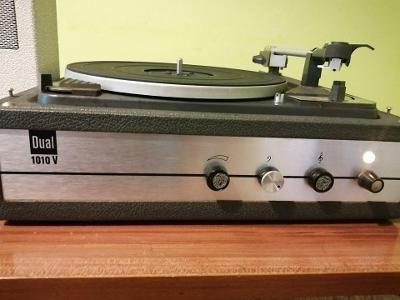 Prodam stary gramofon-DUAL P1010V-plny automat