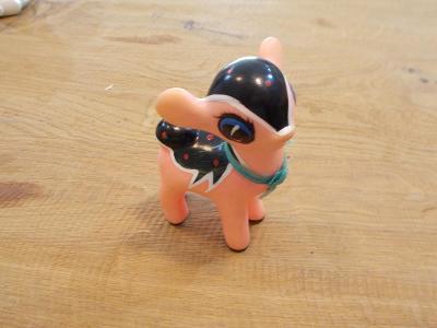 Gumová pískací hračka 10 cm - od 1kč
