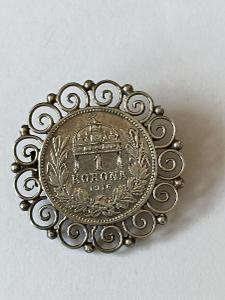1 koruna 1916 ve stříbrném rámečku-brož