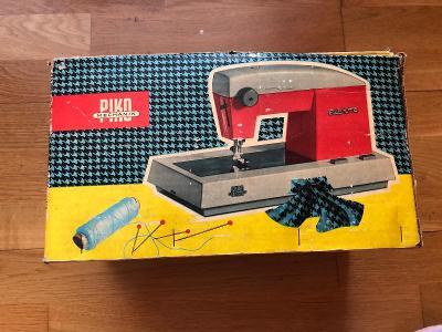 Hračka - šicí stroj, N536