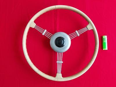 !!! Starý historický volant z auto veterána značky AERO - TATRA !!!