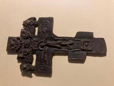 Prastarý bronzoví - pravoslavný kříž ..starý nález