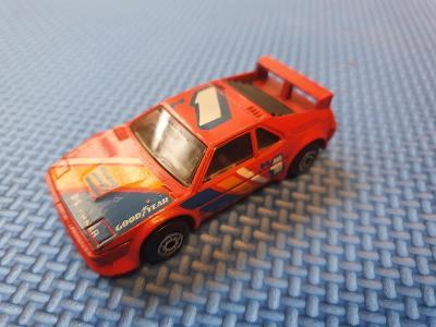 BMW-M1        matchbox toys 1981