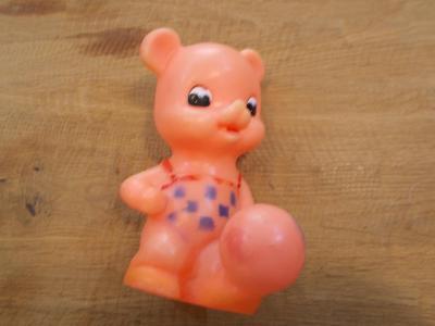 Gumová pískací hračka  13 cm - od 1kč