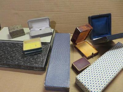 Krabičky na šperky 10 ks starožitná luxusní !!!