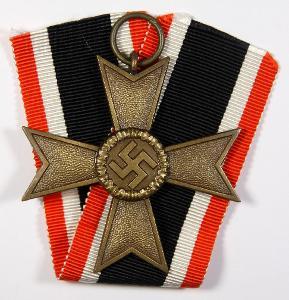 Válečný záslužný kříž 2. třídy značený