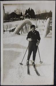 Soukromé foto - rok asi 1930 až 1940.  Sportem ke zdraví