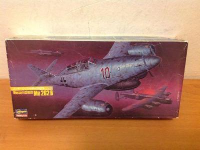 HASEGAWA - Messerschmitt Me 262 B + maska Eduard, 1/72