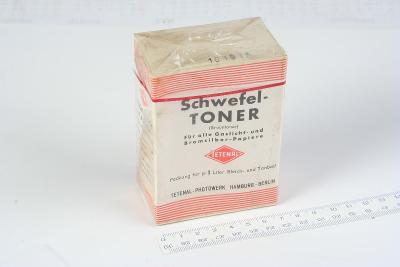 Historický hnědý tonovač Tetenal na fotografické papíry.