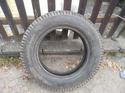 Pneumatika 6,50-20 ,přední kolo traktoru nádherný stav