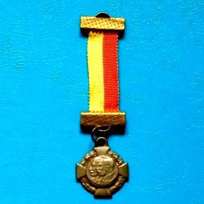 Vyznamenání miniatura válečného kříže s Wilhelmem II. a Fr. Josefem I