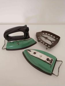 žehlička retro zelená
