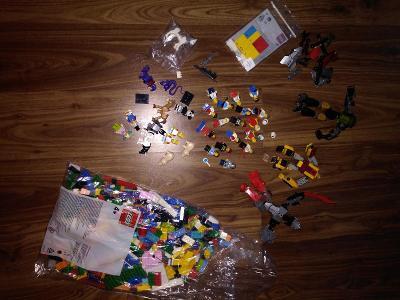 LEGO MIX KOSTKY FIGURKY KRASNÉ NOVÉ
