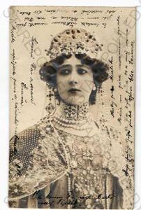žena plastická karta DA