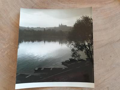 Stará fotografie J. Brok Praha 58, fotka rozměr 18 x 16,cm