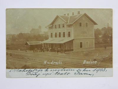 Dačice - nádraží - lidé roku 1903 - dlouhá adresa