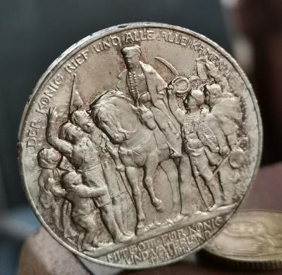 3 Marka 1913 A. Král zvolal.