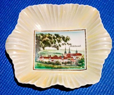 Starý porcelánový tác Velehrad značený 16,5 x 13 cm TOP STAV