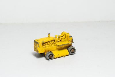 Matchbox RW 1961 - 08C - Caterpillar Tractor [7247]