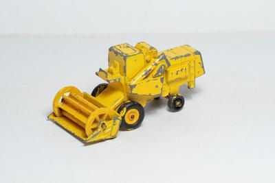 Matchbox RW 1967 - 65C - Claas Combine Harvester [7917]