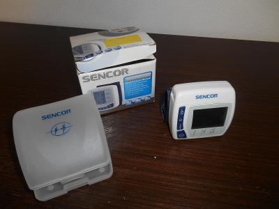 Starší digitální tonometr na zápěstí - Sencor